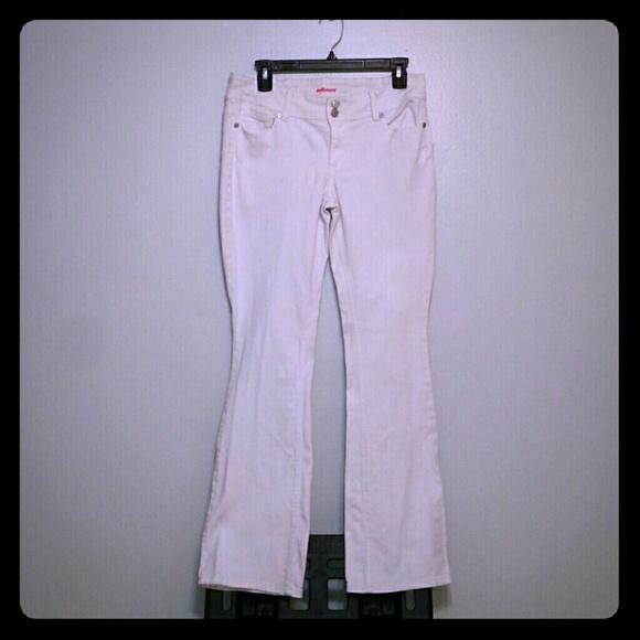 Dollhouse Denim - DOLLHOUSE WHITE BOOTCUT JEANS SZ/9 JRS (EUC)
